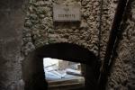 castel-del-monte-vicolo